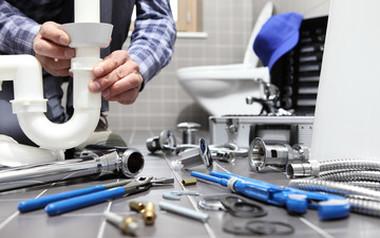 Un plombier d'urgence à Bompas